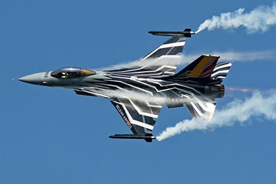F-16-SOLO-DISPLAY-TEAM-web